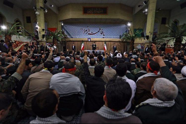 دست اندرکاران راهیان نور و خادمین شهدا با رهبر معظم انقلاب دیدار کردند