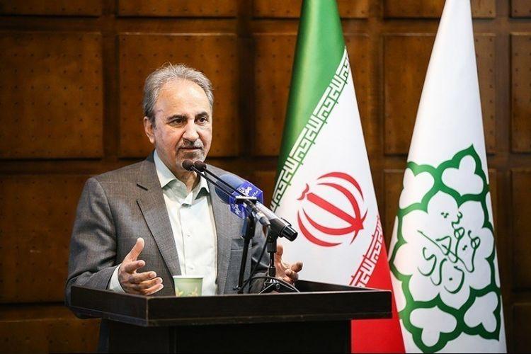 توضحیات شهردار تهران در خصوص تغییر برخی شهرداران مناطق/ نجفی: می دانم برخی ها در شهرداری از مغازه داران پول می گیرند!