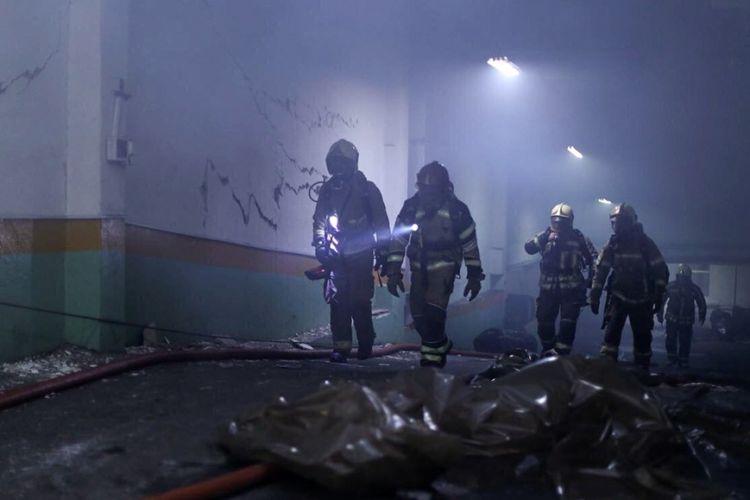 آخرین وضعیت ساختمان برق حرارتی وزارت نیرو/ علیرغم پایان اطفاء حریق هنوز احتمال ریزش وجود دارد