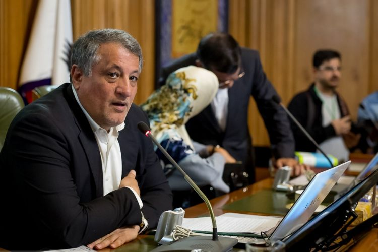 هاشمی: برآورد شورا تداوم خدمت شهردار تهران بود/برای ماندن افشانی در شهرداری استفساریه می گیریم