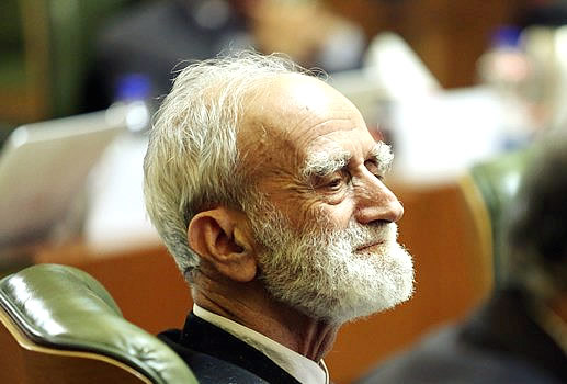سالن طبقه یک شورای شهر به نام عباس شیبانی نامگذاری شد