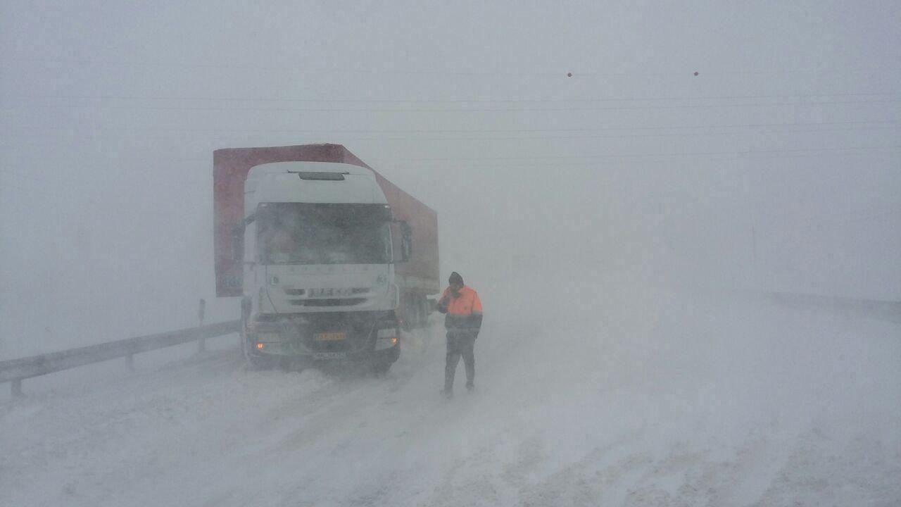 مه گرفتگی در جاده های مازندران و گیلان
