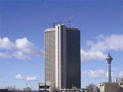 انتقاد ربیعی از برجسازی در کوچههای سه متری
