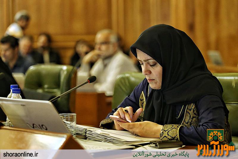 انتقاد دانشور از عدم مشارکت پالایشگاههای خوزستان در رفع فقر