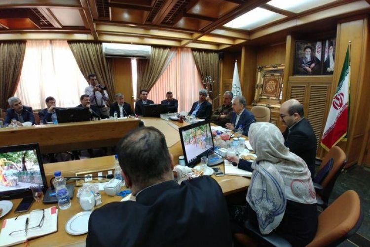 جلسه 51 نفره نمایندگان و اعضای شورای تهران با محمدعلی نجفی