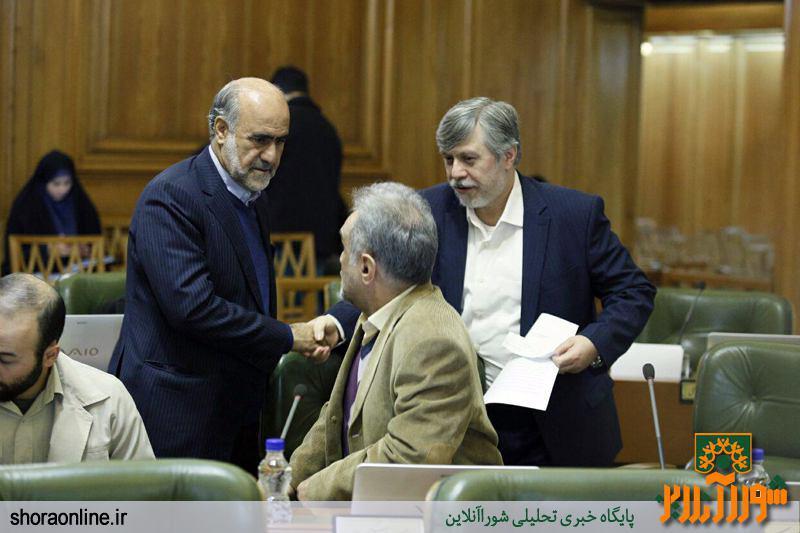 سرخو: حرفهای ما در رسانهها منعکس نمیشود/ شهردار برای خروج از تهران باید از شورا اجازه بگیرد