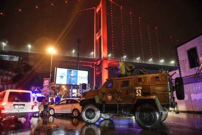 حمله به باشگاه شبانه در استانبول/تعداد کشته ها به 39 نفر رسید