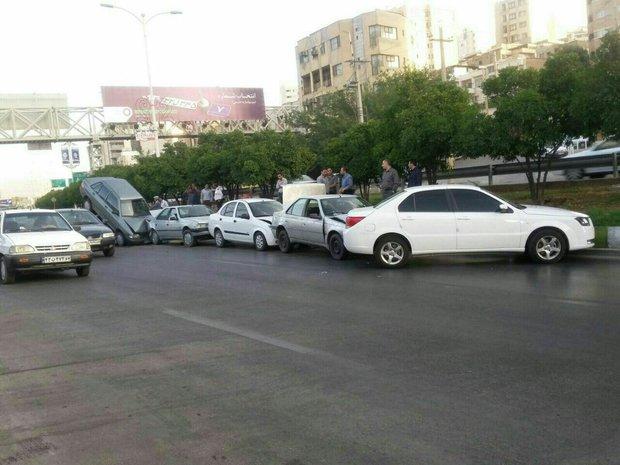 تصادف زنجیرهای در نوشهر