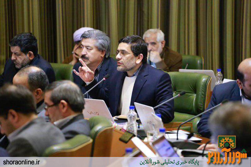 حافظی:شتر سواری دولا دولا نمی شود!/سقف بودجه 96 شهرداری را افزایش ندهید