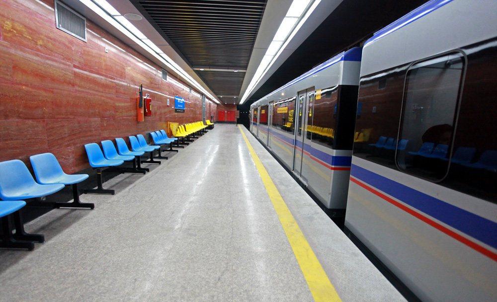 افتتاح اولین آسانسور ویژه جانبازان، سالمندان و کم توانان در مترو