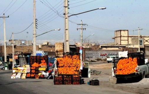 ساماندهی دست فروشان و میوه فروشان دوره گرد
