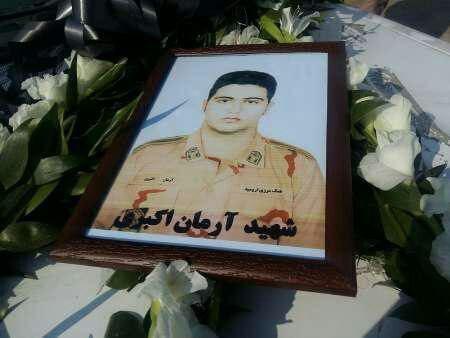 شهادت سرباز هنگ مرزی ارومیه بر اثر سقوط بهمن