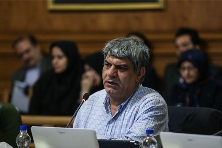 امینی:ارزیابی عملکرد شهرداری و شورا زود است/شورا نباید سیاسی کاری کند