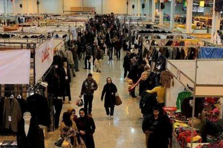 درخواست شهرداری برای عدم برگزاری نمایشگاه های بهاره/ مردم بیشتر از دستفروش ها خرید می کنند تا مغازه ها!