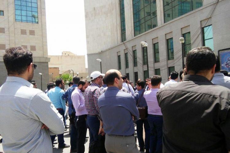 جزئیات تجمع اعتراضی امروز کارکنان مترو تهران/ شعار علیه مدیرعامل مترو و اعضای شورای شهر
