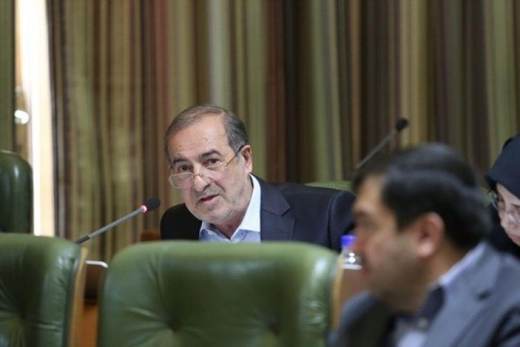انتقاد الویری از دولت درباره پرداخت نشدن مطالبات شهرداری تهران