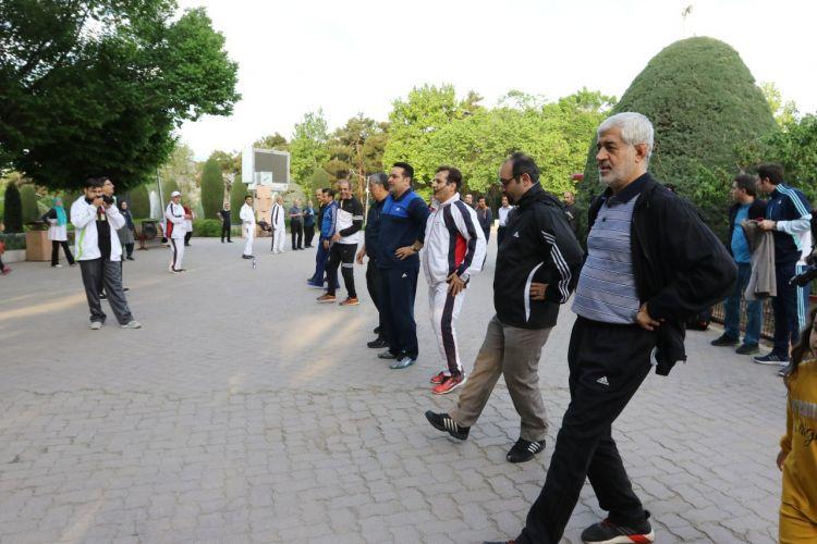 بازدید معاون شهردار و عضو شورا از ایستگاه های ورزش شهروندی بوستان لاله