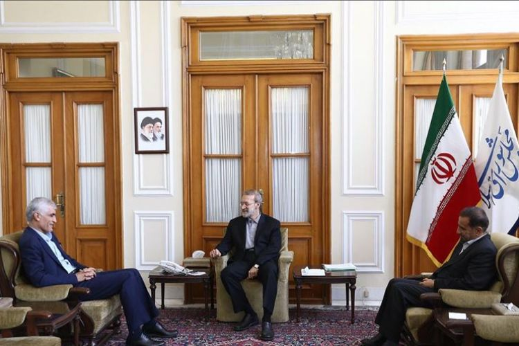 انتقاد رئیس مجلس از ساخت و سازهای بی رویه در پایتخت: در کوچه باریک عمارت 30 طبقه ساخته اند!
