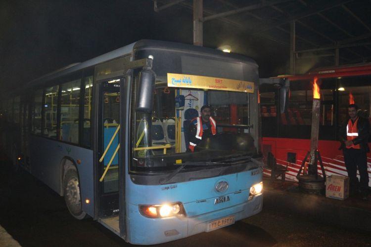 تذکر امانی در مورد استفاده از اتوبوسهای فرسوده در شیفت شب