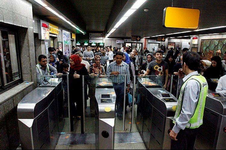 برای توسعه مترو راهی جز واقعی کردن قیمت بلیت نداریم