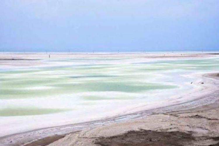 دریاچه نمک برای قم مشکل ساز میشود