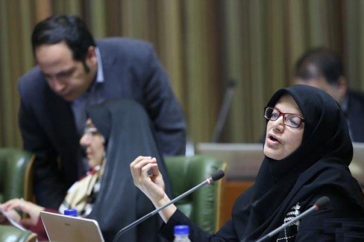 انتقاد عضو شور به بی توجهی شهردار به مقوله زنان در گزارش تحویل و تحول