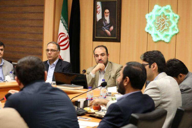 توضیحات معاون منابع انسانی شهردار در خصوص چگونگی و تعداد تعدیل نیروی کارکنان شهرداری تهران برای سال 97
